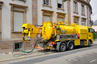 grease trap cleaner, grease trap treatment, digests grease